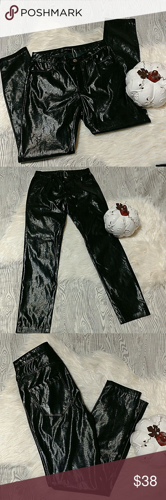 Zara Skinny Faux Patent Leather Pants Please refer to pictures for overall condition. The last three photos are online stock photos.  Brand New. Size XS.  No trades. Come Hell or High Water, HOUSTON STRONG 🤘 Zara Pants