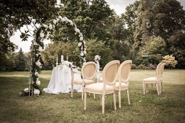 20s inspired wedding