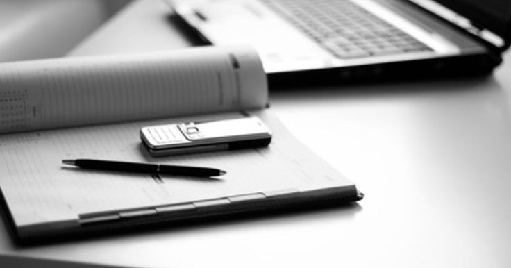 Tipos de relatórios de contabilidade gerencial. A contabilidade gerencial, também chamada de contabilidade de gestão ou de custos, se concentra internamente nas informações recebidas da contabilidade financeira. Ela é utilizada para fins de planejamento, controle e tomada de decisões. Para analisar as informações da empresa, os contadores gerenciais contam com demonstrações financeiras normais, ...
