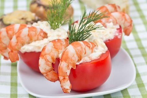 9 обалденных закусок для новогоднего стола Помидорки черри с креветками и сливочным сыром