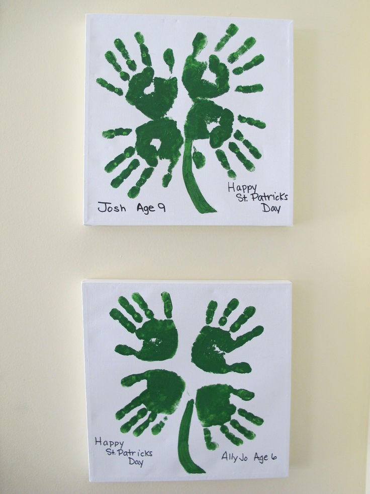 Kids hand-printing (St Patricks Day). P*'s tip: this will work whit textile-paint on fabric too.