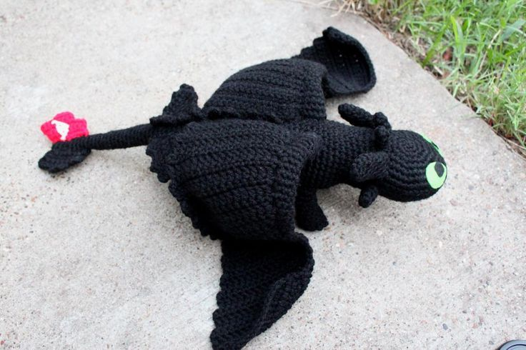 Craftdrawer Crafts: Free Crochet Toothless Pattern from How to Train Y...