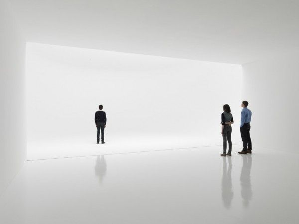 """Infinity Room, Doug Wheeler ""..a bit James Turrell..."