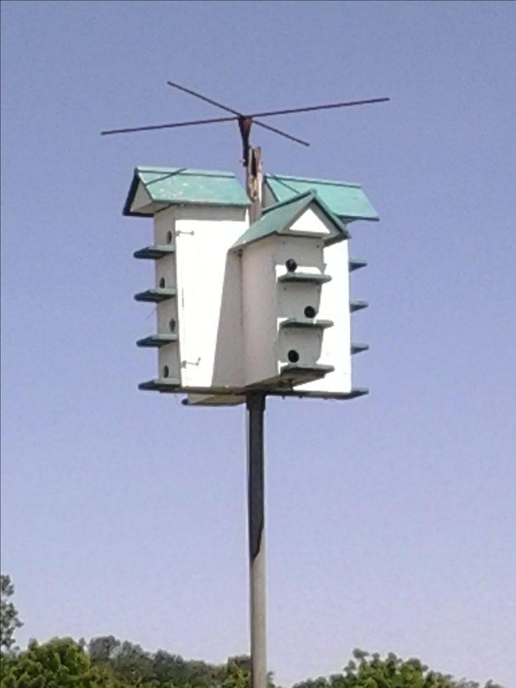 """Amish"" birdhouse. A cool condo."