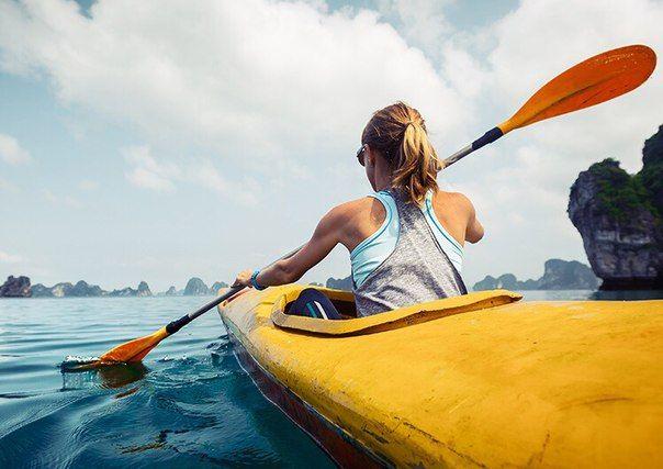 Лето — время для уличных площадок воркаута, велосипедов и, конечно, водных видов спорта. BeautyHack выбрал лучшие водные развлечения, которые вполне могут составить конкуренцию спортивному залу. Всплеск адреналина и хорошая физическая форма гарантированы!  http://beautyhack.ru/telo/fitnes-gid/7-futov-pod-kilem