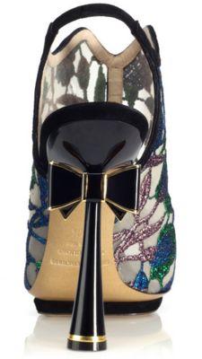Nicholas Kirkwood bow heels!
