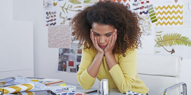 9 Things You Should Never Do At Work (if you're busy put these tips on your pinboard so you don't forget any!!)
