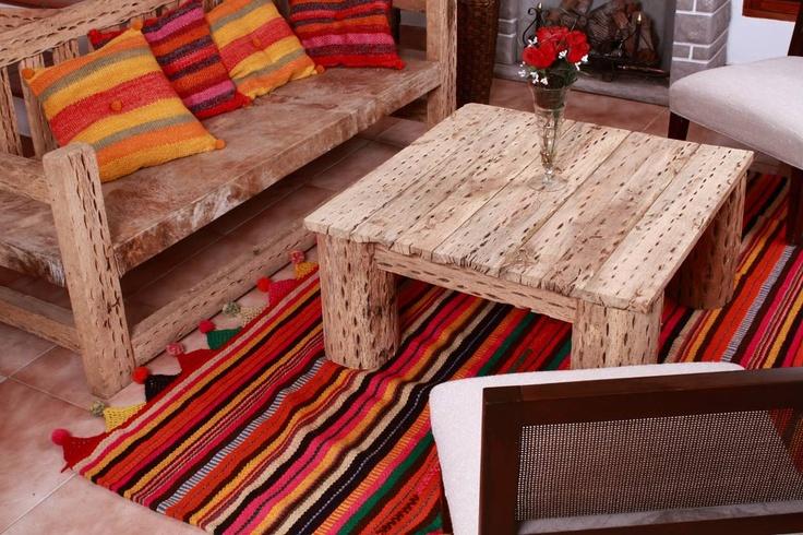 madera de cardon: mesa ratona y sillon