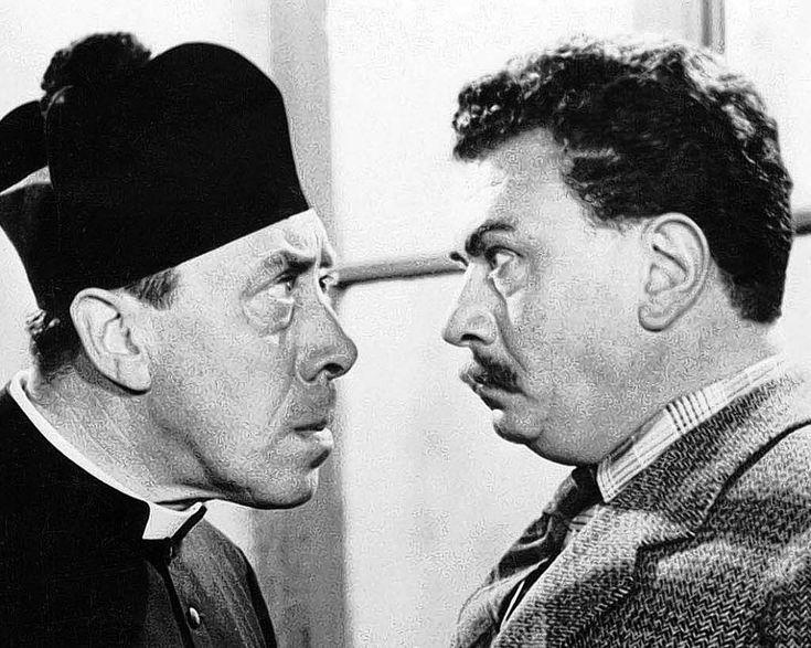 Don Camillo und Peppone (Originaltitel: Le petit monde de Don Camillo) ist ein italienisch-französischer Spielfilm aus dem Jahr 1952. Er ist der erste Film aus der überaus erfolgreichen fünfteiligen Don Camillo und Peppone-Filmsaga mit den Hauptdarstellern Fernandel und Gino Cervi, die auf den Erzählungen von Giovanni Guareschi basiert.