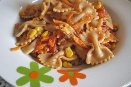 Vollkornnudeln mit Gemüse-Fleisch-Sauce - Rezept