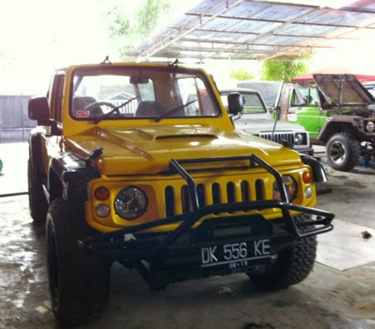 Modifikasi Suzuki Jimny Kuning