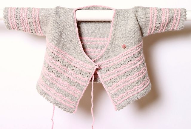 Ravelry: Cache-coeur for baby English PDF pattern by Florence Merlin. Newborn to 6 months