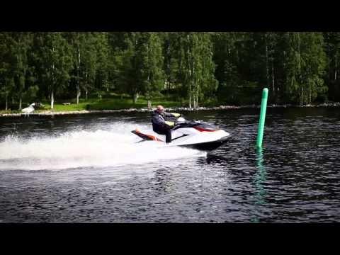 Jet ski driving in Finland