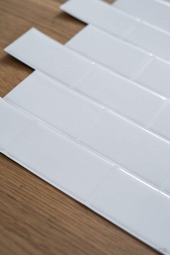 Küchenrückwand mit Spritzschutz aus Fliesenaufklebern: Metro Tiles für den beliebten Scandi-Look für die Küche