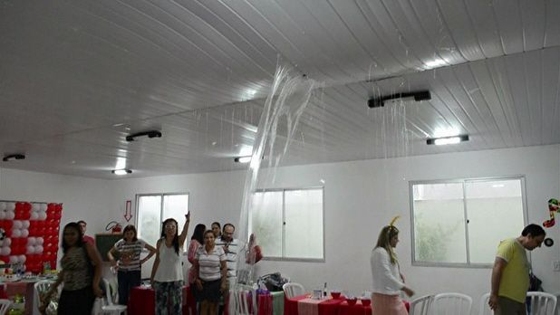 MORADORES DE APARTAMENTOS NOVOS CONVIVEM COM IRREGULARIDADES NA OBRA. Construtoras entregam imóveis recheados de #IrregularidadeNaObra em Goiânia, Rio e Porto Alegre. Perito verifica diferentes riscos e falhas nas construções... veja mais em http://www.perfectone.com.br/moradores-de-apartamentos-novos-convivem-com-irregularidades-na-obra.php