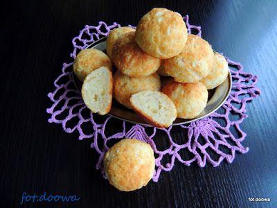 Moje Małe Czarowanie: Pao de Queijo - brazylijskie bułeczki serowe
