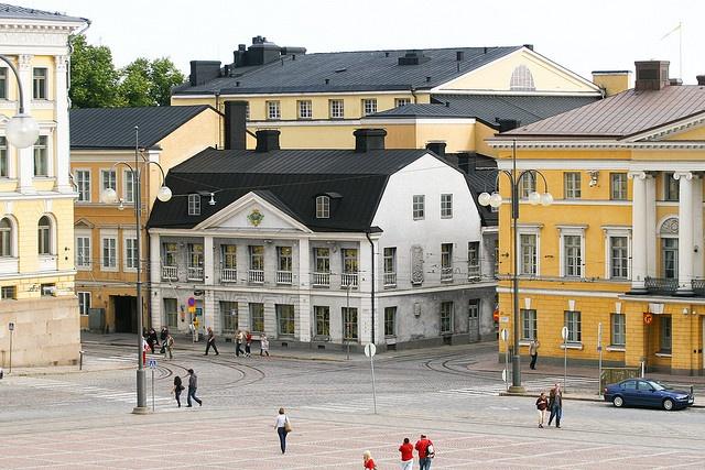   ♕    Senate Square in Helsinki #Finland