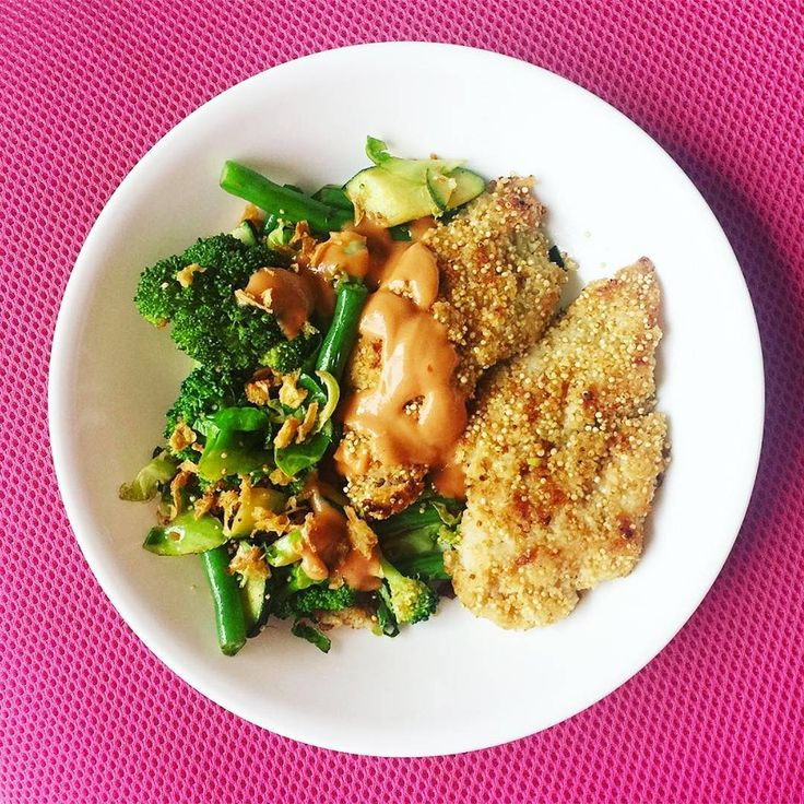 Weekend lunch sorted with our Quinoa Crusted Fish & Mac Sauce | #Youfoodz #PlateUp #Meal