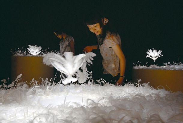 体験型のアート展「光のイリュージョン 『魔法の美術館』 ~Art in Wonderland~」に行ってみよう | roomie(ルーミー)    すごい!楽しそう♪
