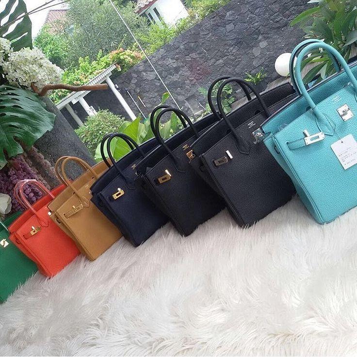 LINE ID:  aimee.319 DMよりラインの方が早いです。 2つ以上の購入は追加割引可能。 基本付き品:1。財布 : 専用箱、専用袋、Gカード、該当ブランドのショッパー 2。バッグ : 専用袋、Gカード、該当ブランドのショッパー #chanel#シャネル#パロディ#ルブタン#dior#ルイヴィトン#夏#雨#ラブ#グッチ#サンダル#靴#スニーカー#コピー品#バーキン#エルメス#サンローラン#セリーヌ#ラゲージ#クロムハーツ#バレンシアガ#東京#j12#大阪#カルティエ#ロレックス#時計#旅行#海#hermes