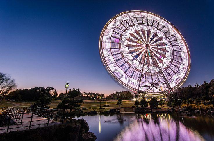 Veja rodas-gigantes fotografadas de maneira única | #CatracaLivre, #Fotografias, #LongaExposição, #Luzes, #Rodasgigantes, #TwistedSifter