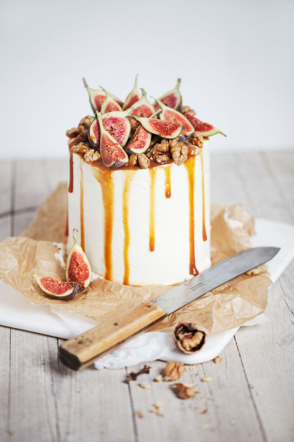 chocOlate ombre cake with mascarpone goat cheese filling & caramel fig walnut top