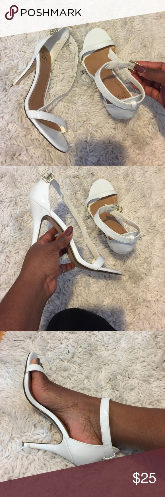 White sandal heels for cheap White sandal heels with silver clamp closer. Simple. Worn once Shoes Heeled Boots