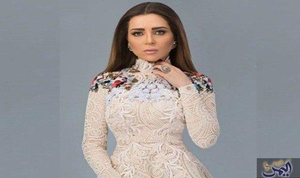 مي عز الدين تهتم بنشر كل جديد عن الموضة عبر Fashion Dresses With Sleeves Long Sleeve Dress