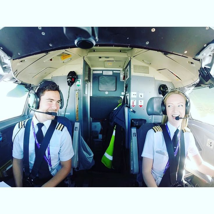Having far too much fun to call this work @markofthejungle  #femalepilot #avgeek #aviation Lets connect on facebook: http://ift.tt/2gq1dB7