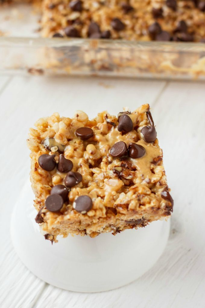 Peanut Butter and Chocolate Gluten-Free Rice Krispies Squares http://thecookiewriter.com