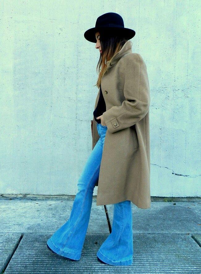 flare jeans / camel coat Hardrockrepublica.blogspot.com