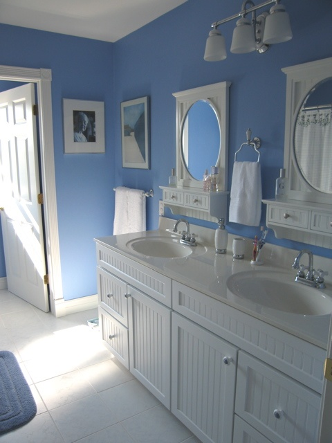 17 best images about color blue bathrooms on pinterest for Bathroom ideas victoria bc
