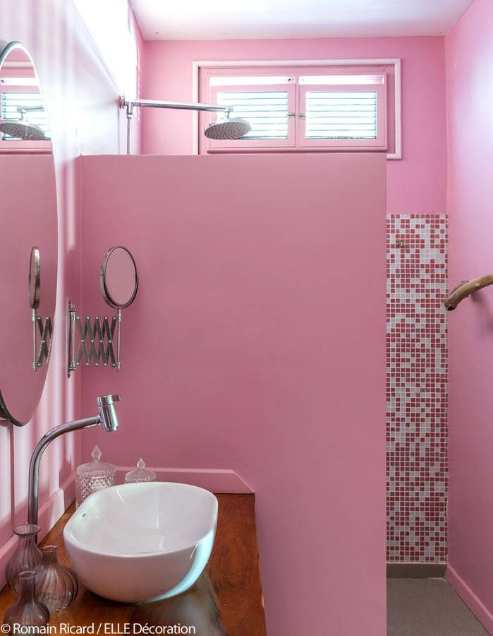 17 best images about pink paradise on pinterest pink for Carrelage salle de bain tendance 2017