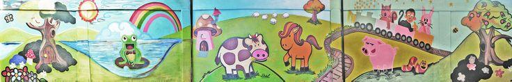 El encargo consistió en realizar un mural para el Kinder básico del colegio New school Macúl/Santiago de Chile.