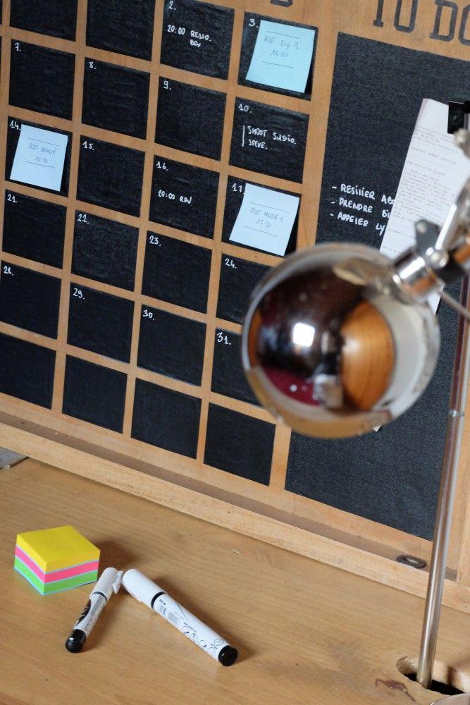 DIY / Slate chalkboard calendar / Calendrier ardoise