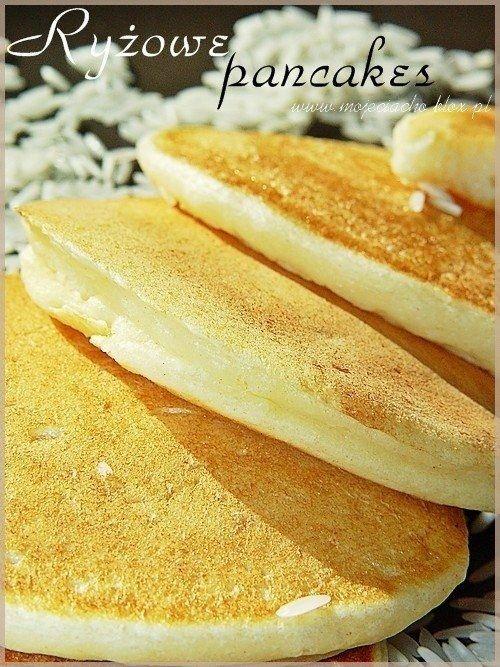 Zobacz zdjęcie Składniki:  1 torebka ugotowanego, wystudzonego ryżu (100g) 1 i 1/4 szklanki mleka 1 i 1/4 szklanki mąki 1 jajko 5 łyżeczek masła ½ łyżeczki soli 1 ½ łyżeczki proszku do pieczenia 2 – 3 łyżki cukru pudru 16 g cukru waniliowego  Ponadto:  miód do polania  Wykonanie:  Masło roztopić w rondelku.  Do miski wlać mleko i stopniowo, cały czas mieszając dosypywać mąkę wymieszaną z solą i proszkiem do pieczenia. Gdy wszystkie składniki dokładnie się połączą, dodać ugotowany ryż i…