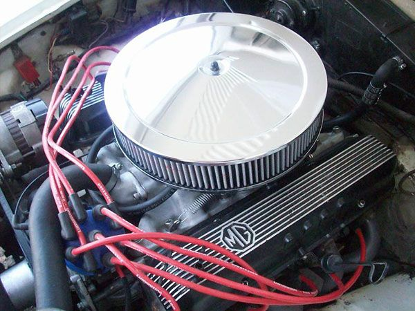 Rover 3 5L engine with ported cylinder heads and a Hurricane
