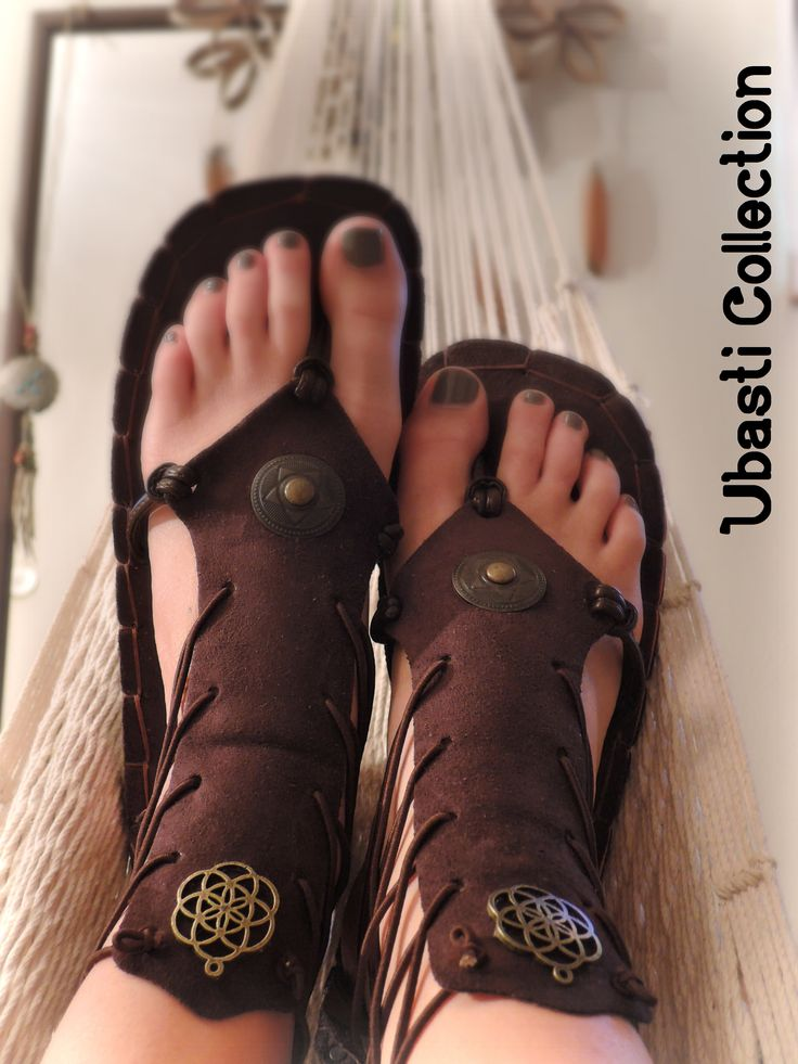 Vegan gladiator sandals decorated with seed of life pendants #boho #fashion #psy #trance #festical #wear #shoes #unique #handmade