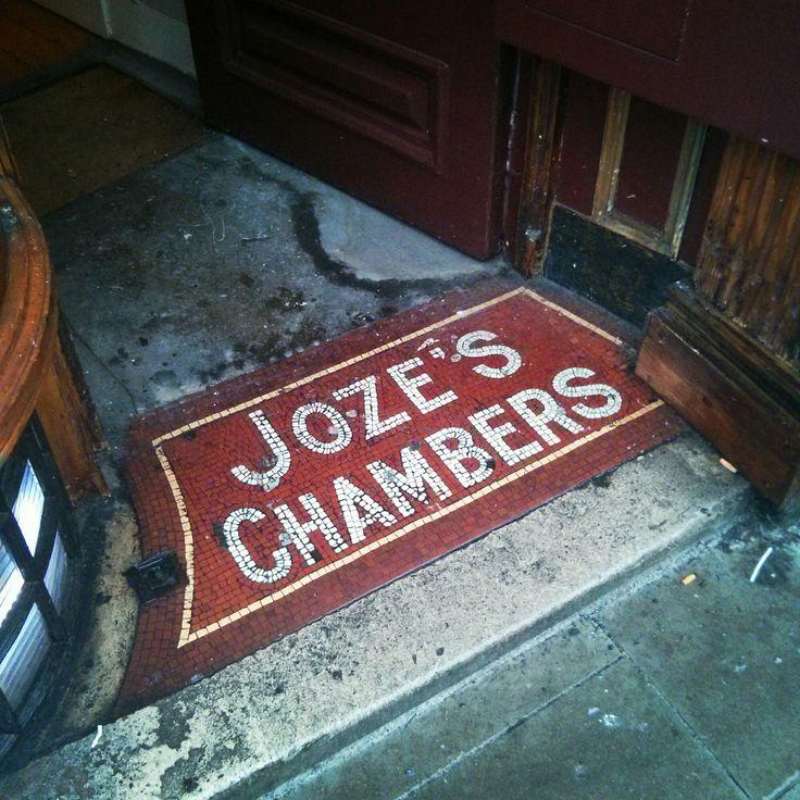 Jozé's Chambers ghost sign tile, Dublin