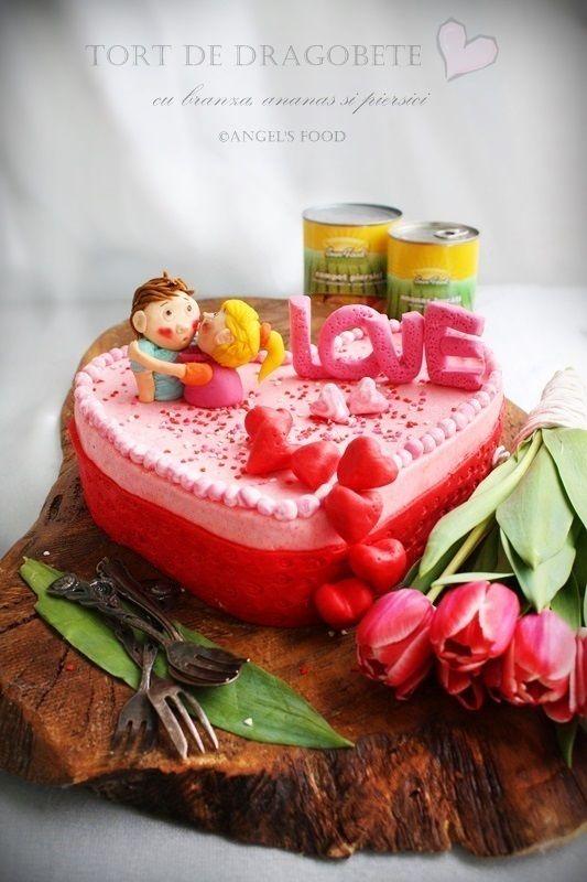 Angel's food: Tort de Dragobete cu branza, ananas si piersici