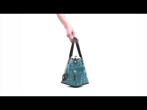 PATTI – De tassen van het Italiaanse merk Gabs zijn multifunctioneel. Bekijk hoe je van 1 tas, verschillende modellen kunt maken. #multifunctioneel #gabs #handbag #bag #video
