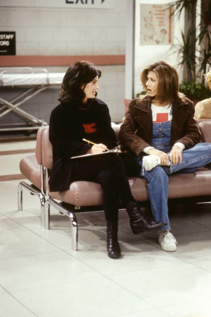 Monica Geller (Courteney Cox), Rachel Green (Jennifer Aniston) ~ Friends Episode Stills ~ Season 1, Episode 17 ~ The One with Two Parts: Part 2