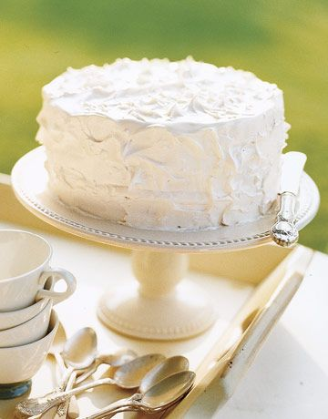 White cake kiana wants for birthday