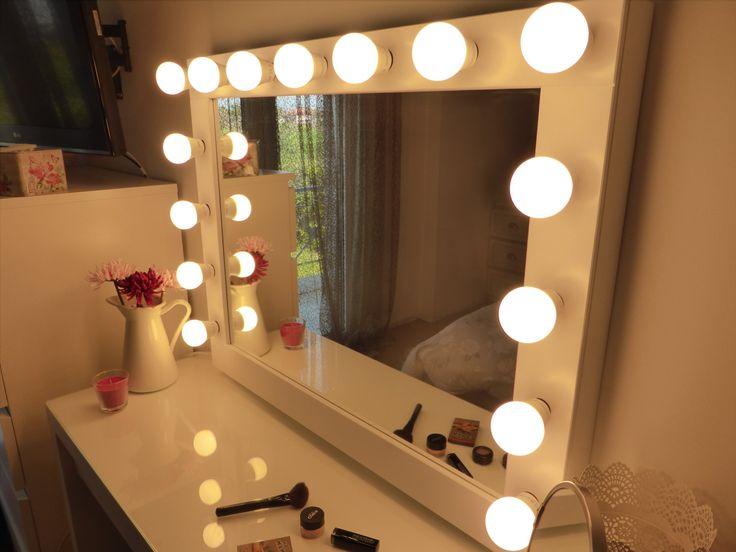 US - UK - prise européenne disponible dès maintenant :)  ►► S'IL VOUS PLAÎT LIRE LA DESCRIPTION ◄◄ Miroir de maquillage grande avec des lumières pour tous les addict du maquillage! Elle allume et laissez vous tenter par une expérience de maquillage professionnel! Un merveilleux cadeau pour vous ou vos proches! Maquillage les blogueurs et les artistes de maquillage professionnel l'adore car c'est un match parfait avec la coiffeuse MALM IKEA!  ►►SIZE ◄◄ La pièce entière est 27,5 de…