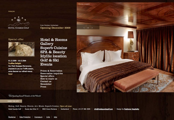 Checking in Hotel Web Design: 50 Cosy Hotel Websites and Trends #webdesign #inspiration