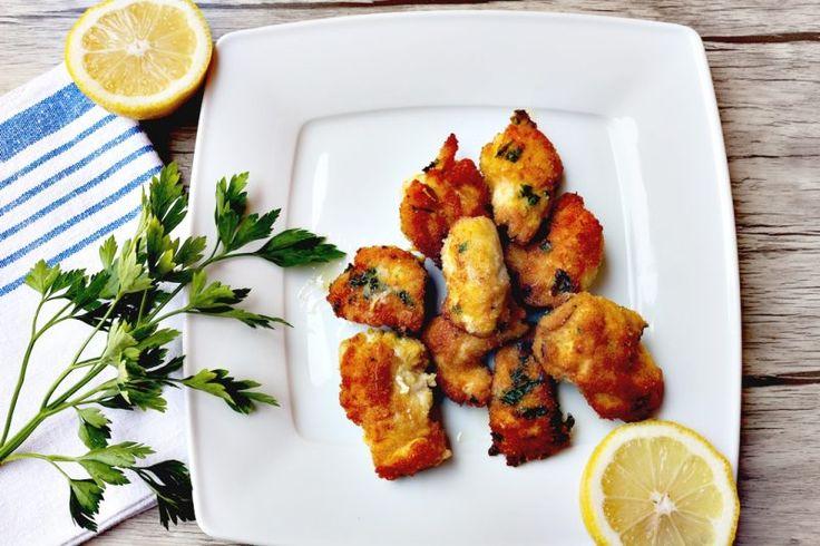 Pepite di pollo: come preparare in casa i nuggets di pollo - http://www.chizzocute.it/pepite-pollo-preparare-casa-nuggets-pollo/