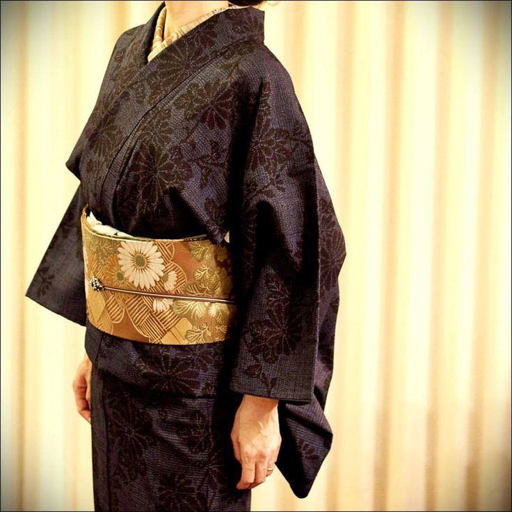 菊の柄の結城紬に菊の帯 #japan #tokyo #setagaya #kimono #obi #tsumugi #着物 #帯 #結城紬 #きもの #菊 #chrysanthemum #mum