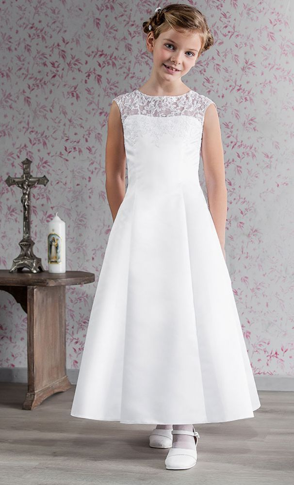 1000  ideas about Communion Dresses on Pinterest  First communion ...
