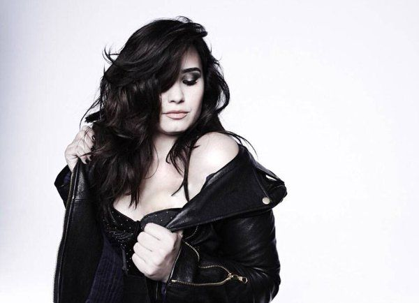 They are new outtakes from her 2013 photoshoot for her DEMI album. Demi Lovato - NEW/OLD PHOTOS- outtakes from the DEMI photoshoot