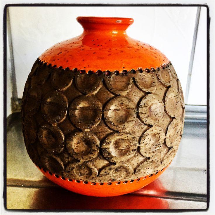 Bitossi Torcello vase. Aldo Londi. Mid century Italian pottery.